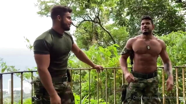 Military Guys bareback gay big cock videos