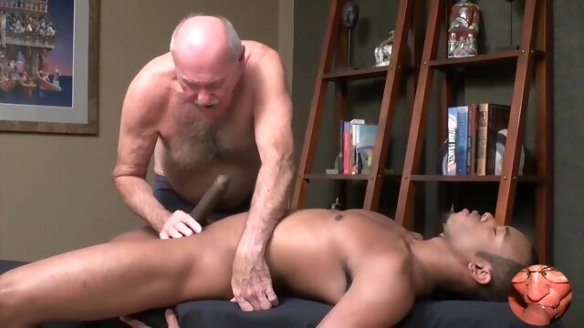 Grandpa enjoys a good.. big cock gay handjob videos