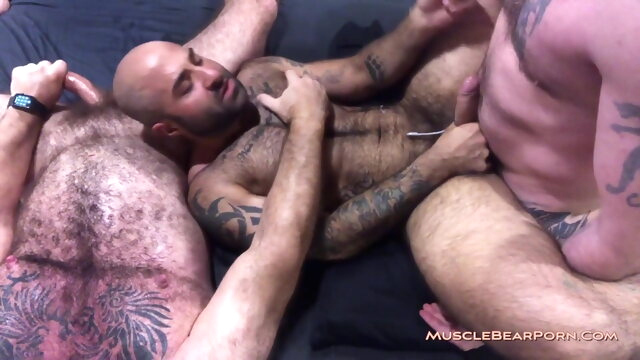 MBP - AtlasPlugged bareback gay bear videos