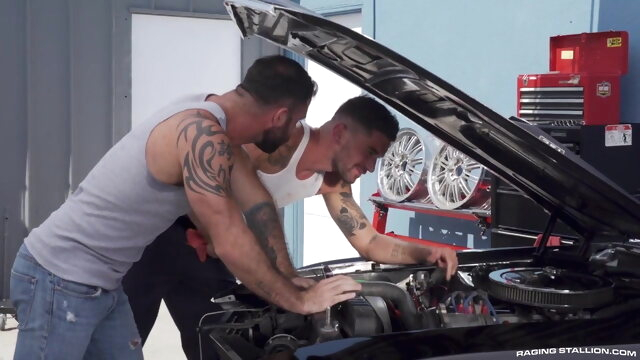 Mechanic threesome bareback gay bear videos