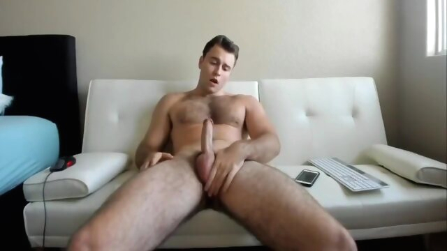 Cam Cum: Hot Stud.. amateur gay brunette videos