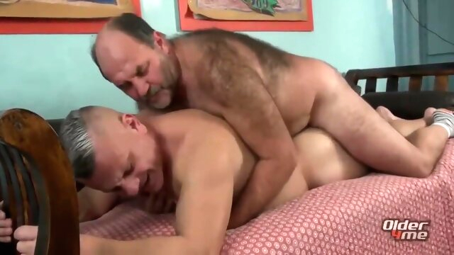 Inserting The Penis To.. bear gay big cock videos