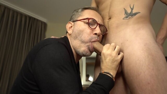 Mr BigHOLE Big Ass Gay.. amateur gay big cock videos