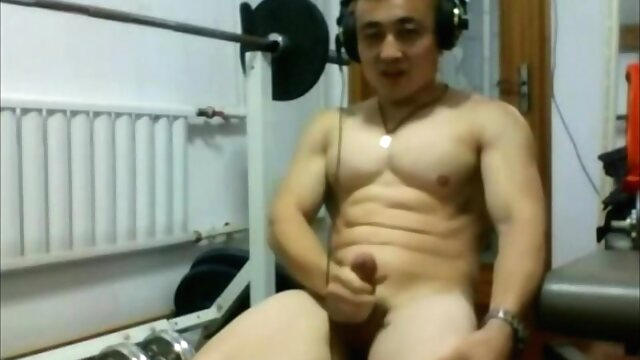 Chinese muscle man.. amateur gay asian videos