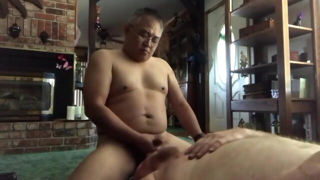 Asian throat fucks.. amateur gay asian videos