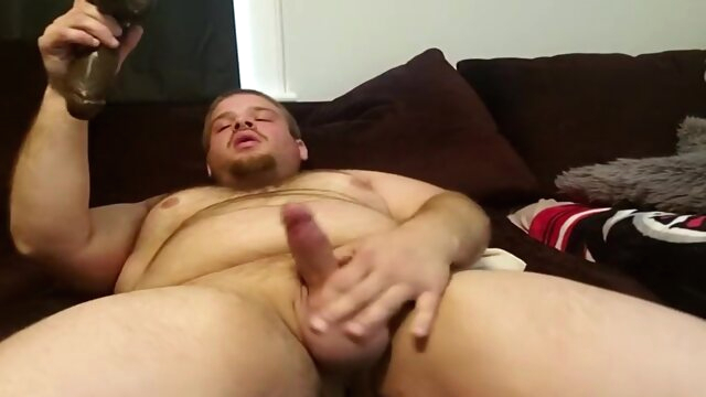 Slutty Bear Cub Gapes.. amateur gay bear videos