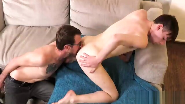 Gay Rimjob And Bigdick.. bareback gay big cock videos