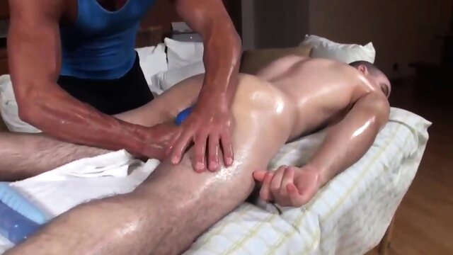 Corey S Deep Oil Rub.. gays gay massage videos